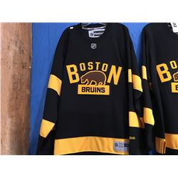 REEBOK NHL BOSTON BRUINS JERSEY (SIZE M)