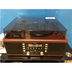 TEAC STEREO SYSTEM WITH CD RECORDER/TURN TABLE & CASSETTE PLAYER