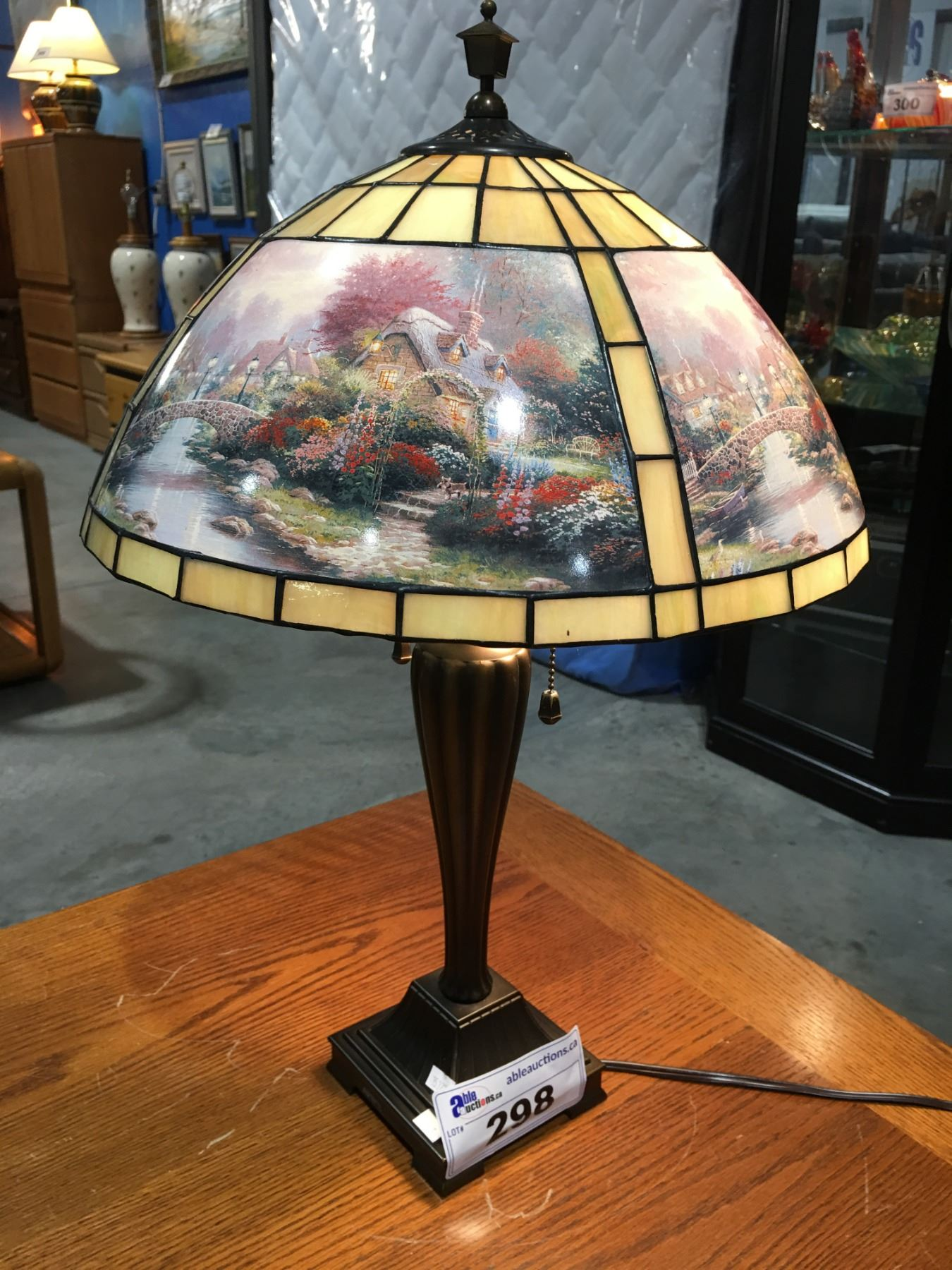 Leaded Stained Glass Table Lamp Thomas Kinkade Art Panels