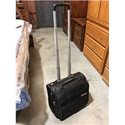 BLACK CARRY ON BAG WITH HANDLES AND WHEELS