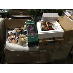 PALLET LOT OF ASSORTED DEPARTMENT STORE ITEMS