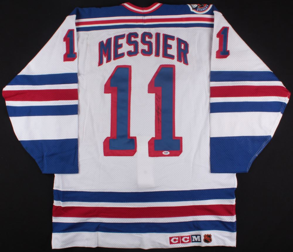 new styles 6c4e8 58739 Mark Messier Signed Rangers Captains Jersey (PSA COA)