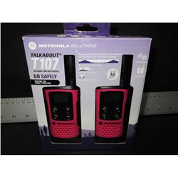New Motorola Talkabout T107 / Two way Radios / up to 16 Miles/ 22 channels