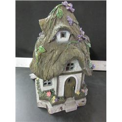 Solar Fairy House for your Garden with Lights / tested working