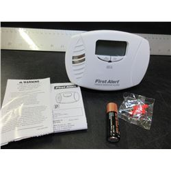 New First Alert Carbon Monoxide Alarm / plug in and battery backup
