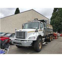2009 FREIGHTLINER DUMP TRUCK WITH SWENSON SALT SPREADER