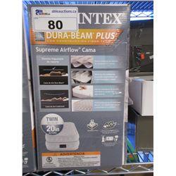 INTEX TWIN SIZE AIR MATTRESS