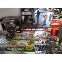 TRAXXAS READY-TO-RACE 2.4 GHZ MIKE JENKINS EDITION RC CAR/BEYBLADE BURST/NERF RIVAL GUN