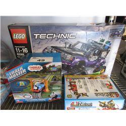 LEGO TECHNIC VEHICLE/THOMAS & FRIENDS TRACK MASTER/4-IN-1 KINNEX ROBOT