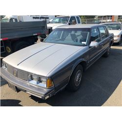 1986 OLDSMOBILE REGENCY 98, GREY, 4DRSD, GAS, AUTOMATIC, VIN#1G3CW69B9G4375438, 107315KMS,