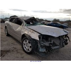 2005 - NISSAN ALTIMA // SALVAGE TITLE