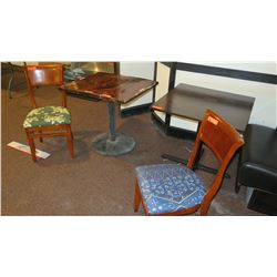 """2 Square Wood Tables 30""""X30"""" & 28.5""""X31"""" & 2 Chairs"""