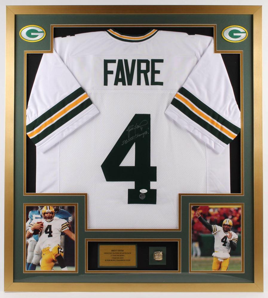 quality design 61b0c 54924 Brett Favre Signed Packers 34x38 Custom Framed Jersey ...