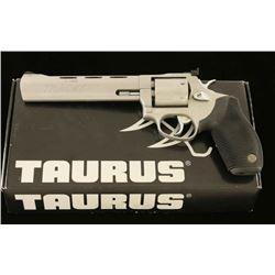 Taurus Tracker .17 HMR SN: FX688684