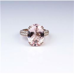 Gorgeous Morganite & Diamond Ring