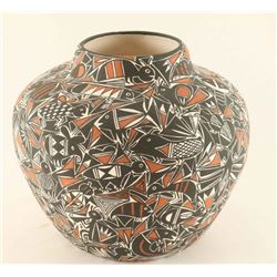 Acoma Animal Effigy Pot