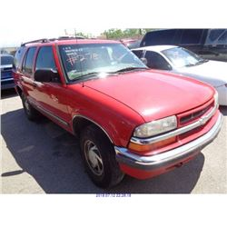 2001 - CHEVROLET BLAZER // SALVAGE TITLE