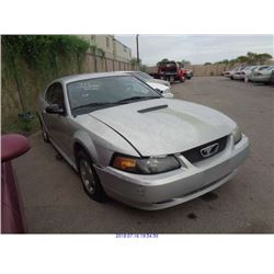 2001 - FORD MUSTANG // SALVAGE TITLE