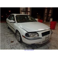 2000 - VOLVO S-80 // SALVAGE TITLE