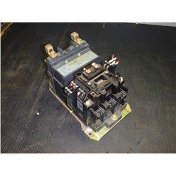 ALLEN BRADLEY 500L-D0D92 100 AMP CONTINUOUS RATING AC CONTACTOR