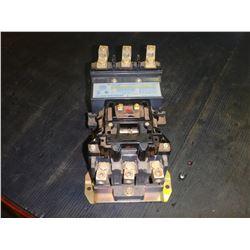 ALLEN BRADLEY 500FL-D0D93 100 AMP CONTINUOUS RATING AC CONTACTOR