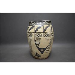 COCHITI POTTERY VASE