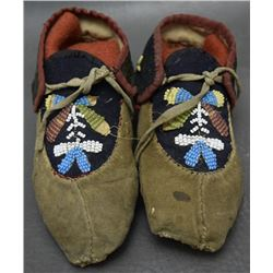 CHILD'S IROQUOIS MOCCASINS