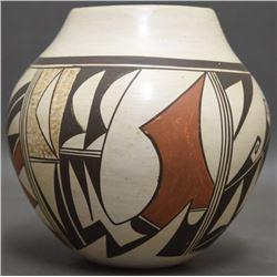 HOPI POTTERY JAR (HUMA)