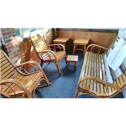 Hand Made Solid Oak 4 Seasons Patio Set / Showroom Condition!