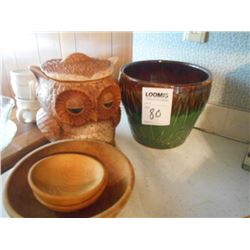 BUNDLE LOT: Bowls, Owl Cookie Jar, Glassware