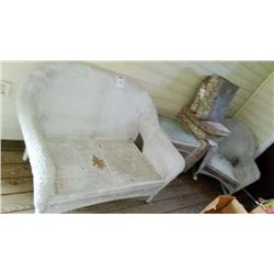5 PC Heavy Wicker Set/ Just Needs Washed