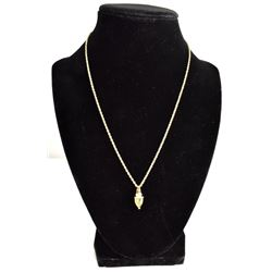 BEAUTIFUL STAMPED 14K GOLD NECKLACE WITH GREEN STONE AND DIAMONDS