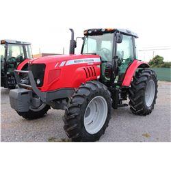 2013 MASSEY FERGUSON 5465 Farm Tractor; VIN/SN:B286060 -:- MFWD, 3 remotes, cab, A/C, 18.4R34 rear t