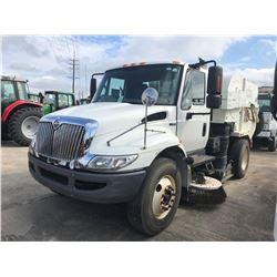 2009 INTERNATIONAL 4300 Sweeper Truck; VIN/SN:1HTMMAAN89H124895 -:- S/A, IHC diesel, A/T, Tymco 600