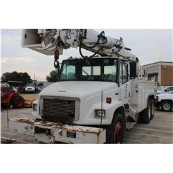 2000 FREIGHTLINER FL80 Bucket/Auger Truck; VIN/SN:1FVXJJBB9YHF89053 -:- T/A, Cat 3126 diesel, A/T, A