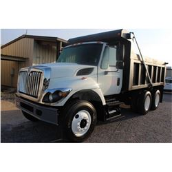 2010 INTERNATIONAL 7400 Dump Truck; VIN/SN:1HTWHAAR1AJ215813 -:- T/A, Int. diesel, Allison A/T, 40K
