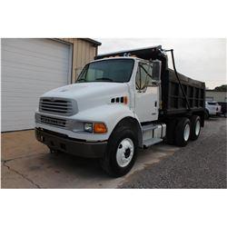 2005 STERLING M8500 Dump Truck; VIN/SN:2FZHCHDC15AV93179 -:- T/A, Cat C7 diesel, Allison A/T, 40K re