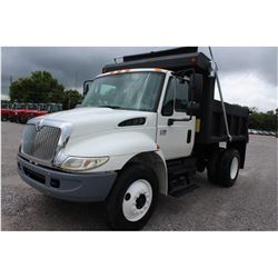 2006 INTERNATIONAL 4300 Dump Truck; VIN/SN:1HTMMAAR26H304923 -:- S/A, Int. DT466 diesel, Allison A/T