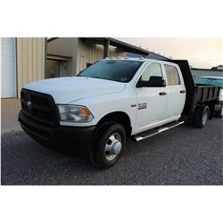 2013 DODGE 3500 Flatbed Truck; VIN/SN:3C7WRSCT5DG565155 -:- crew cab, V8 gas, A/T, AC, 9' flatbed bo