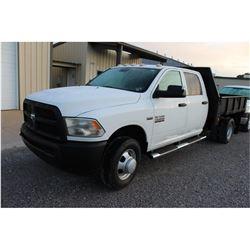 2013 DODGE 3500 Flatbed Truck; VIN/SN:3C7WRSCT5DG565155 -:- crew cab, V8 gas, A/T, AC, 9' flatbed bo