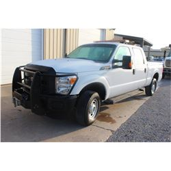2015 FORD F350 Pickup Truck; VIN/SN:1FT7W2B61FEB07192 -:- 4x4, crew cab, V8 gas, A/T, AC, Warn VR120
