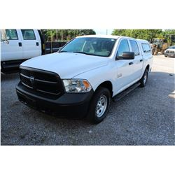 2015 DODGE 1500 Pickup Truck; VIN/SN:1C6RR7KG3FS738444 -:- 4x4, crew cab, V6 gas, A/T, AC, camper sh