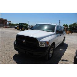 2015 DODGE 1500 Pickup Truck; VIN/SN:3C6RR7KT2FG624987 -:- 4x4, crew cab, V8 gas, A/T, AC, camper sh
