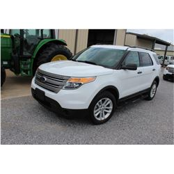 2015 FORD EXPLORER; VIN/SN:1FM5K8B85FGC08355 -:- 4x4, V6 gas, A/T, AC, 3rd row seating, 80,663 miles