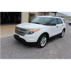 2015 FORD EXPLORER; VIN/SN:1FM5K8B85FGC08338 -:- 4x4, V6 gas, A/T, AC, 3rd row seating, 103,526 mile