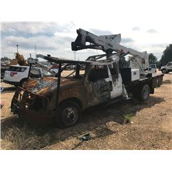 2012 FORD Bucket Truck; VIN/SN:1FD0X5HY0CEC96353 -:- Gas, Altec AT37G bucket, 31,946 miles, (BURNED)