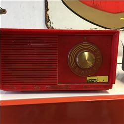 Retro Electric Radio (Red)