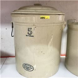 5 Gallon Medalta Crock w/Lid (Missing Handle)