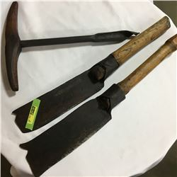 Log Hewing Tools & T Handle Drill