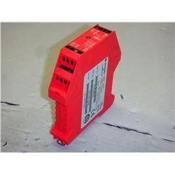 ALLEN BRADLEY 440R-B23020 MSR5T 24 VAC MODULE